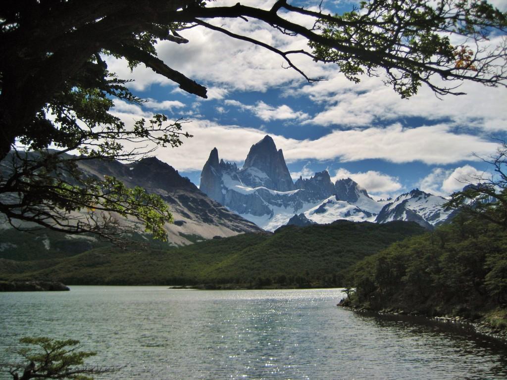 Nationaal Park Fitz Roy wordt ook wel het kleine broertje van Torres Del Paine genoemd. Ideaal voor dag-wandelingen als je geen zin hebt in een meerdaagse.