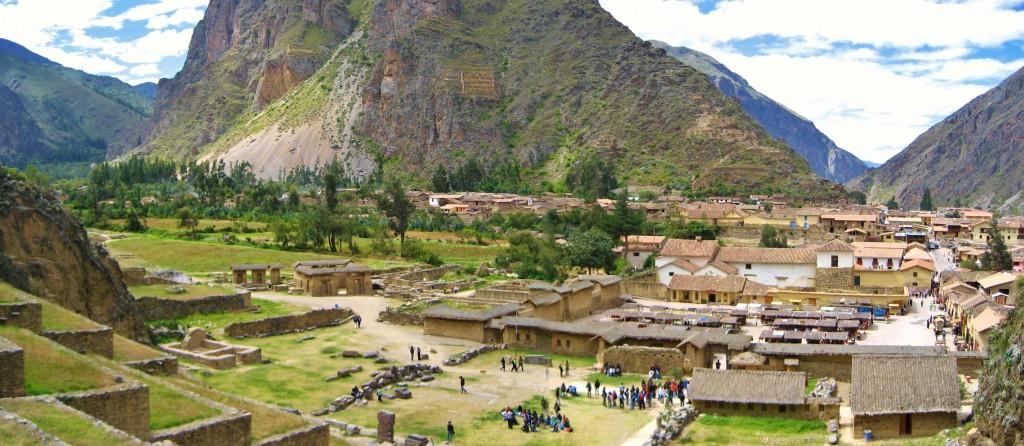 Het plaatsje heet Olantaytambo en ligt niet ver van Arco Iris